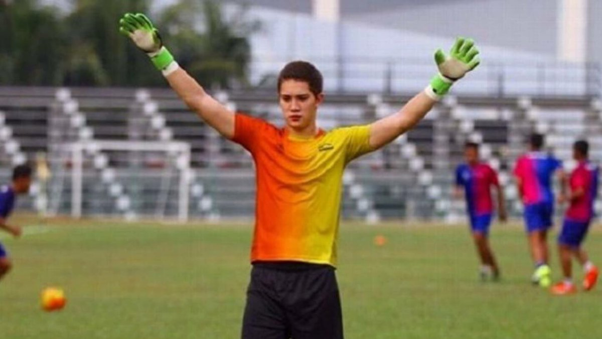 We are saddened to hear of the passing of young goalkeeper, Stefan Petrovski. Vale Stefan. Rest in peace. https://t.co/8PvY2JtZeZ