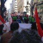 """RT EsquerdaUnida """"RT EUOurense: O 1º de Maio non é día de festa. É día de loita. #NinUnPasoAtrás. EsquerdaUnida https://t.co/ltKbdr7DRK"""""""