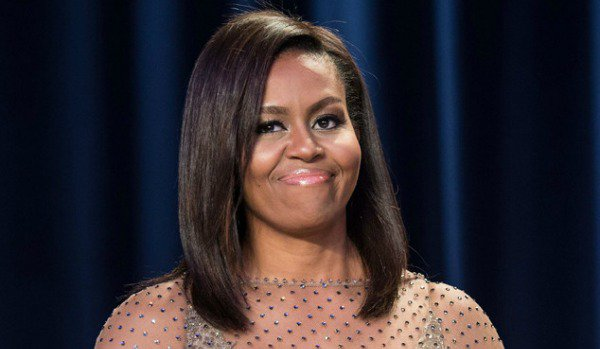 First Lady Michelle Obama took home the gold for her WHCD dress last night: