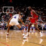 On this date in 1988, Michael Jordan becomes 1st player to score 50+ points in back-to-back playoff games https://t.co/3UOxJXqWZL