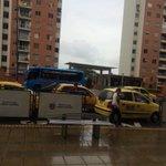 Hacemos un llamado al gremio taxista para que se ponga a tono con @Bucaramanga . Cultura vial o autoridad ya! https://t.co/kQoqlKrxcY