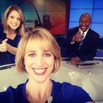 The @StLouisBlues get winning goal in middle of the newscast! #LGB @ElliottDavisTV @ErikaTallan @FOX2now https://t.co/FZLHnDIreX