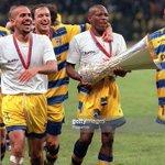 CRAAACK. El @TinoasprillaH  hoy dirigiendo la hinchada del Parma en partido vs Bellaria. Qué recuerdos. https://t.co/m6w1Nw45LF