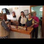 La concejal de Movimiento Vecinal @Elitaabad con los vecinos en las fiestas de Cruz de Caravaca y Barrio Alto https://t.co/OIQvgd4Vqm
