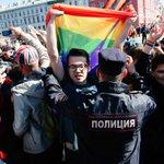 Вчера в Санкт-Петербурге прошёл 6-ой Первомайский парад, где сотни людей призывали других людей к толерантности https://t.co/QxtxhkDuLH