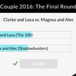 [UPDATE] Clarke and Lexa won @eonlineTVs Top Couple 2016! https://t.co/colkLSO5Hk