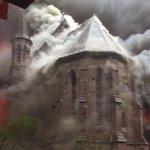 В Нью-Йорке горит сербский православный собор (ВИДЕО) https://t.co/znwiGcu1RN https://t.co/OF0Z61UsBH