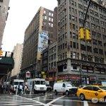 На Манхэттене в Нью-Йорке загорелась сербская православная церковь https://t.co/abGt6lYwQJ https://t.co/kpNDkHsgTj
