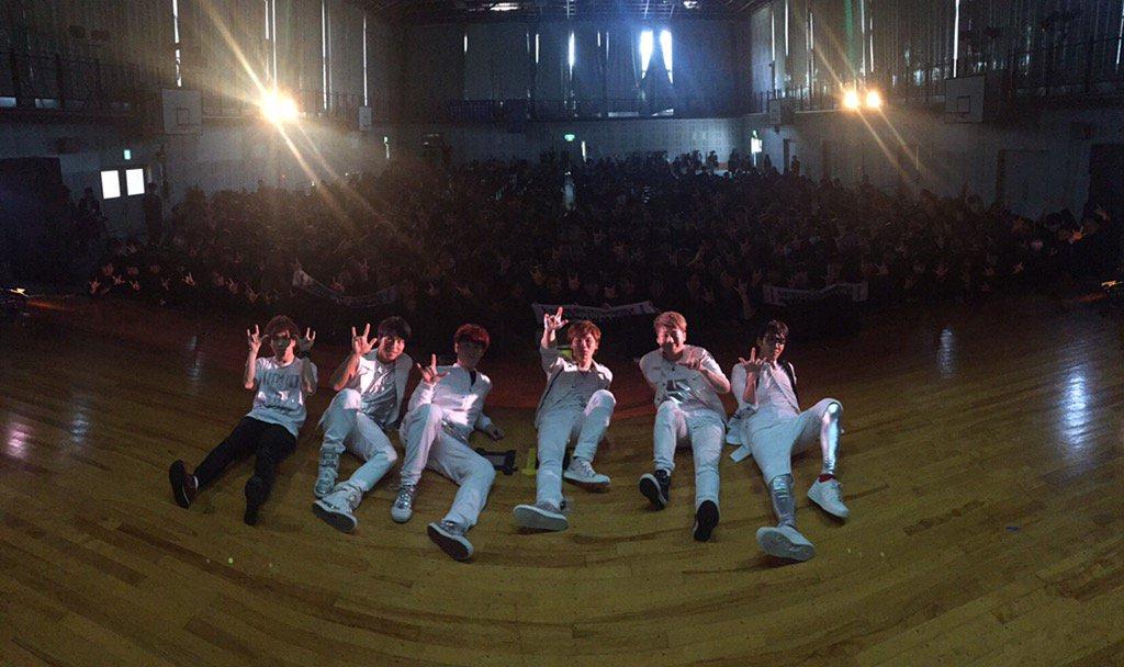 淑徳高校ありがとうございました*\(^o^)/* 明後日は横浜ワンマンライブ!!! https://t.co/QEHzbjA39r