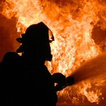 Woman sets their house ablaze, kills own two children https://t.co/wZdJuaGVij https://t.co/rQiMtKc2Dh