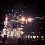 1 am in Manhattan by @sakshisharma85 #newyork #nyc https://t.co/HlXOum2dBV
