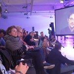 Q&A @Snowden beantwortet Fragen aus dem MCB-Publikum STG-5 #MCB16 #rpTEN https://t.co/8jyYSUeI8K