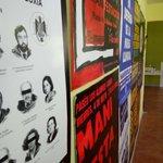 Dende güei al sábadu 7 tenemos una espo de cartelos pola #oficialidá en @La_Llegra. 11-13.30 y 18.30-21h. Avérate!👌 https://t.co/qMIQ27ccGB