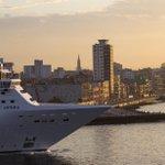 First cruise ship to Cuba left Sunday afternoon from Miami. https://t.co/xrDFo6EThC #cuba #cruise @CarnivalPLC https://t.co/u7tbbDA9aZ