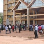 Makerere University non-teaching staff on strike demanding salary arrears from last year & increment for this year. https://t.co/x77Oe9Bk3B