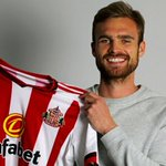 Jan Kirchhoff is up for the PFA Fans Player of the Month for April! Vote here - https://t.co/mkV4IRjC14 https://t.co/42lAo0Nh1Y