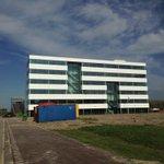 Mooie sneak preview van het nieuwe YES!Delft Labs. De eerste huurders zitten er inmiddels in https://t.co/7ftgqdw5Vx https://t.co/VJfRu2diiQ