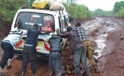 Roads connecting Tharaka-Nithi to Meru impassable after heavy rains
