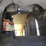 Así está ahora mismo el púlpito del Arco de Cuchilleros, escenario vital del #2demayo: olvidado e ignorado. #madrid https://t.co/4vxkad6vw2