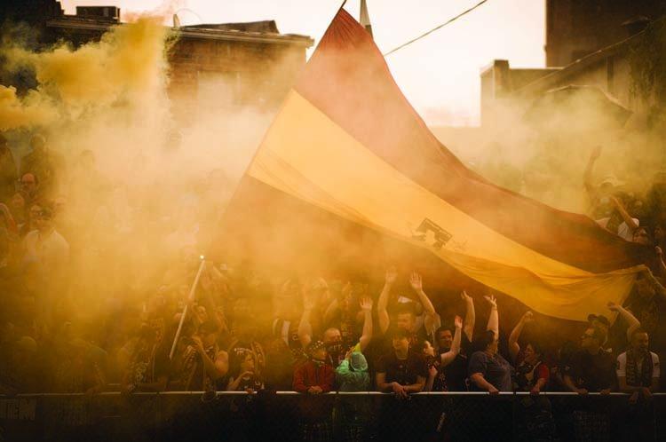 A from-the-bleachers look at @DetroitCityFC's loud, proud fans https://t.co/r7LB5zdHPL #DCFC https://t.co/LVLqEr0mtF