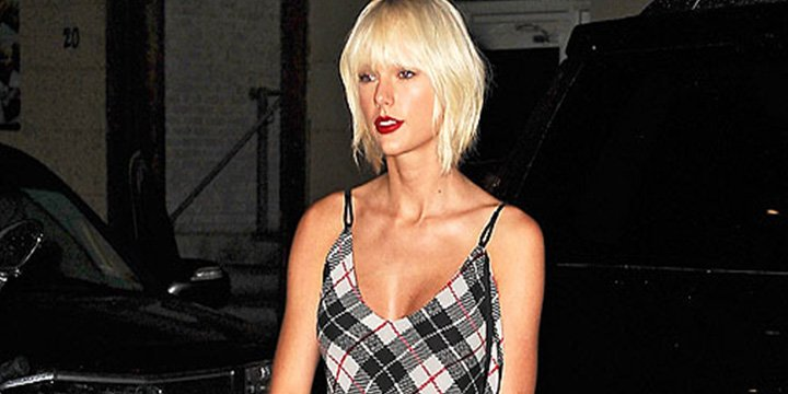 Taylor Swift is mad for plaid—the singer goes grunge in N.Y.C. via @People_Style