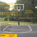 """""""BASKETBAL IN DE BUURT""""  Woensdag basketballen op de pleintjes van Zwolle! @Basket_buzz @lbzac @BeQuickBasketb https://t.co/f9c5z3odYT"""
