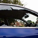 Absolute scum, I left 2 villa tickets on my dashboard and someone has smashed the window and left 2 more https://t.co/32bQULNUTa