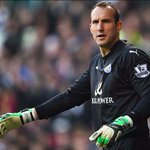 FACT: Mark Schwarzer has won back-to-back Premier League titles with two different clubs - Chelsea & Leicester City. https://t.co/krppigpvZT