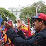 """""""Si no cesa guerra económica hago una revolución en el continente"""" #Economia #Venezuela https://t.co/GnXF3Jkt4d https://t.co/mttIZPC9IQ"""