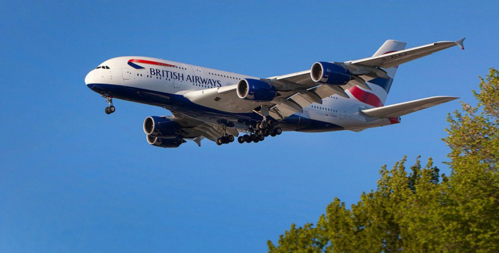 RT @VancityBuzz: British Airways' Airbus A380 begins service to @yvrairport  (PHOTOS, VIDEOS)