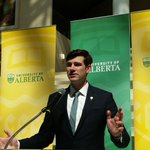 Thanks to @doniveson for hosting the @UAlberta Community Connections Awards. An innovative partnership. #yeg https://t.co/m9gXppmp9L