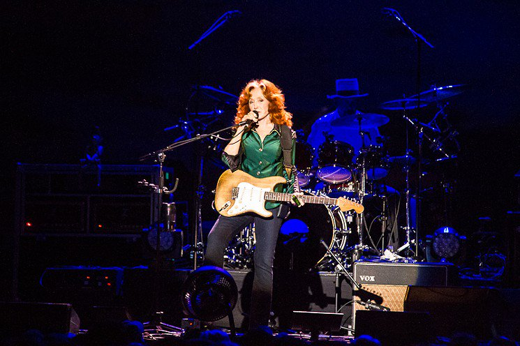 ICYMI: @TheBonnieRaitt was at the top of her game Friday at @reventioncenter: https://t.co/mLbCc2UfMr https://t.co/XK5IM7Ja7V