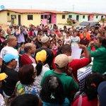Santaella instaló mesas de trabajo para atender necesidades de Villas del Sur #Maturin https://t.co/p8Whqfbmes https://t.co/gLeGWI9VcN -.