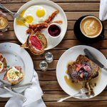 Drumroll please.. the 12 best #brunch dishes and drinks in #Austin (plus runners up!) https://t.co/DM7eQKUccr https://t.co/w7hedplyqq
