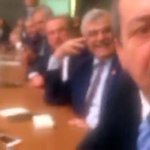 Komisyondaki kavgada AKP'li vekilden HDP'li kadın vekile: Bağırma vururum https://t.co/HA9s7iRMXH https://t.co/Ah0YFmnqWt