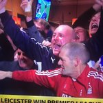 Can anyone explain the rogue #NFFC fan in the #LCFC celebrations? https://t.co/CSpQLYu01O