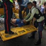 #UltimaHora | Fallece zapatero tras ser arrollado por autobús (Video+) #Maturin https://t.co/5tXk9Qr0yq https://t.co/yRFefX2ofL