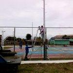#Hoy | @MttoUrbano y Alumbrado Público recuperan cancha Múltiple del sector Doña Menca II @Warner_Jimenez https://t.co/IQ4JOBmogt