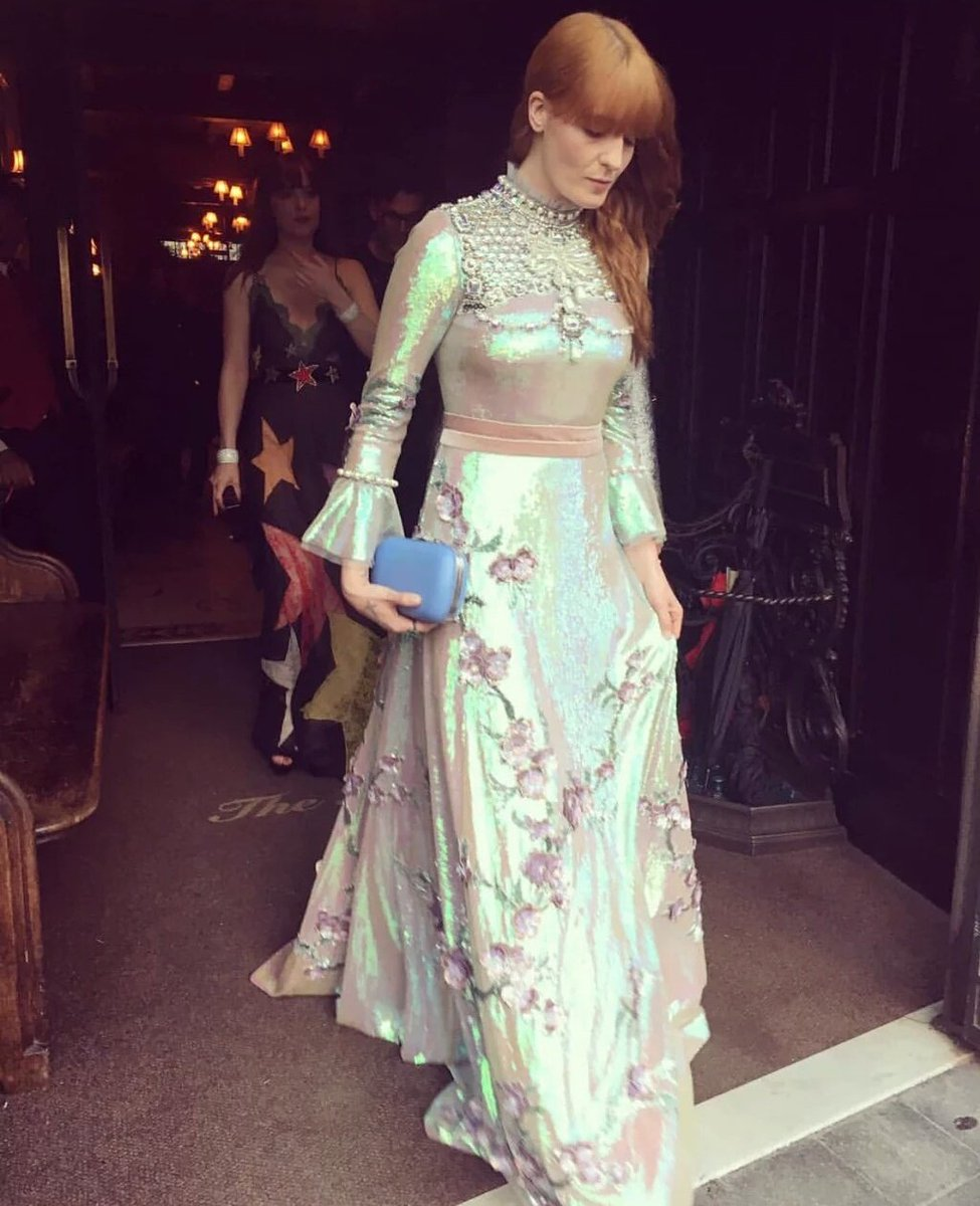 Florence Welch wearing Gucci on her way to the #MetGala2016 https://t.co/jSYp6cOlUT