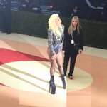 More photos of Lady Gaga on the red carpet at #MetGala https://t.co/Lg1MomhrCP