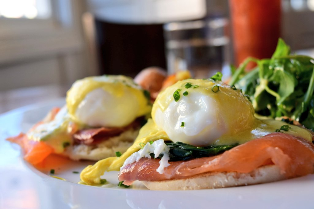 True that RT @amylieberfarb: A Benedict would never be the same... without the Eggs!! #FoodieChats  #SonomaChat https://t.co/Pu4r2n8ou0