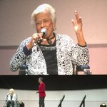 New Orleans Leah Chase receives the Lifetime Achievement Award from the James Beard Foundation in Chicago. https://t.co/cye7OUbnIX