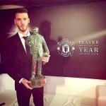 Manchester United Player of the Year, David De Gea! Congrats @D_DeGea on your 3 times Sir Matt Busby award in a row. https://t.co/FrZSulPHvs