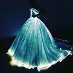 Best of the #MetGala? Claire Danes stuns in glow-in-the-dark dress. See all of the fashions https://t.co/3ZbfSuiu34 https://t.co/eOMDCE043i