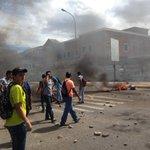 Mientras Autoridades sigan de Brazos Cruzados, Los Estudiantes Seguirán en las Calles exigiendo Sus Reivindicaciones https://t.co/zsgZpgvDK5