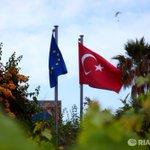 "Би-Би-Си: если Еврокомиссия отменит визы для турков, то лишь ""зажав нос"" https://t.co/r0U8ugzuGF https://t.co/vCFaGBYHrh"