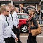 En av mina foton från nazistdemonstrationen i Borlänge. Noterar att den delas friskt just nu :) #svpol #fotose https://t.co/qc3Y3brByK