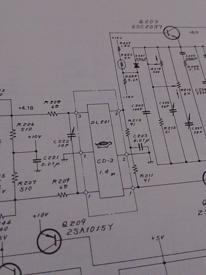 何この回路図。ディレイラインがかわいいぞ https://t.co/Wx5QPKon23