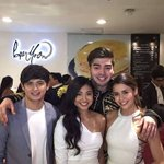 Excited to see the Fab4 at yet another premiere night!!! #ThisTimePremiereNight https://t.co/bXZ5qoH33m