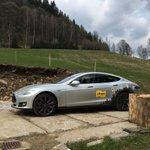 @Liftago Tesla na horách. Nabíjí se ze špalku :-) https://t.co/eZiOAdITGT